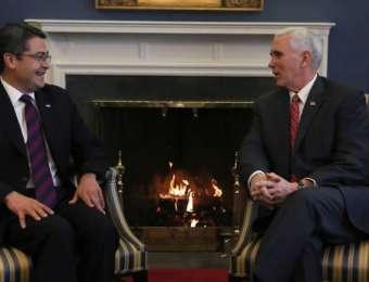 """Vicepresidente Pence: """"El presidente Hernández es un buen amigo y aliado clave"""""""