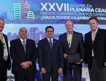 Presidente Hernández ante empresarios del CEAL: Centro Logístico y Honduras 20/20 son atractivos para la inversión de Latinoamérica